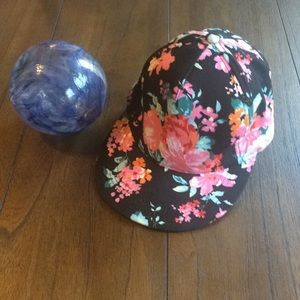Olive & Pique Floral Print Snap Back Cap